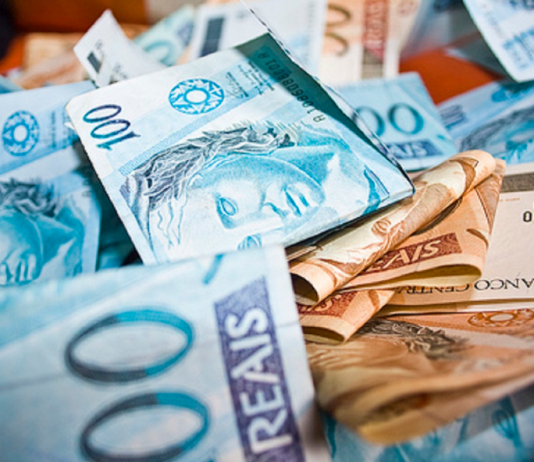 Imagem Destaque - O que te impede de ganhar dinheiro